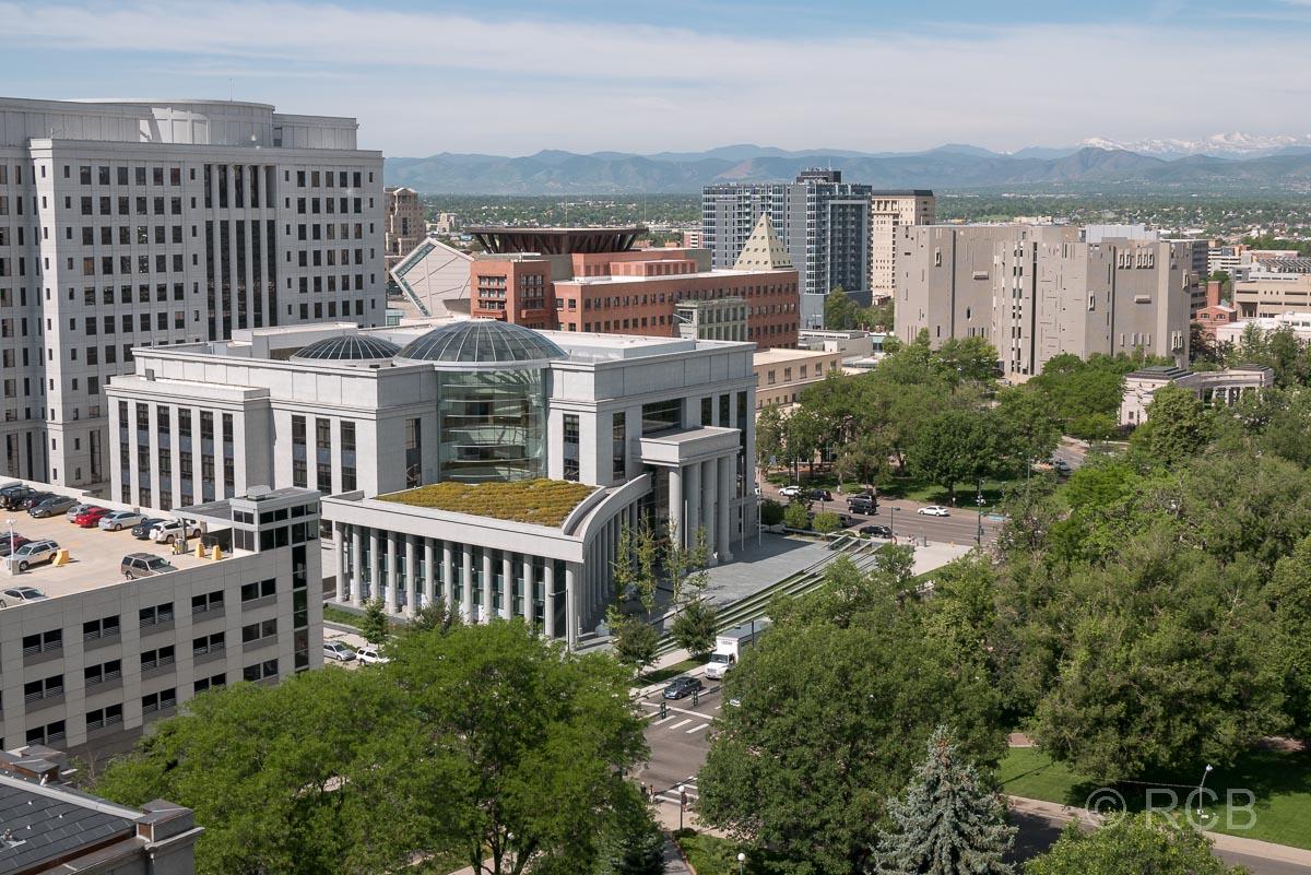 Blick vom Capitol zum Denver Justice Center