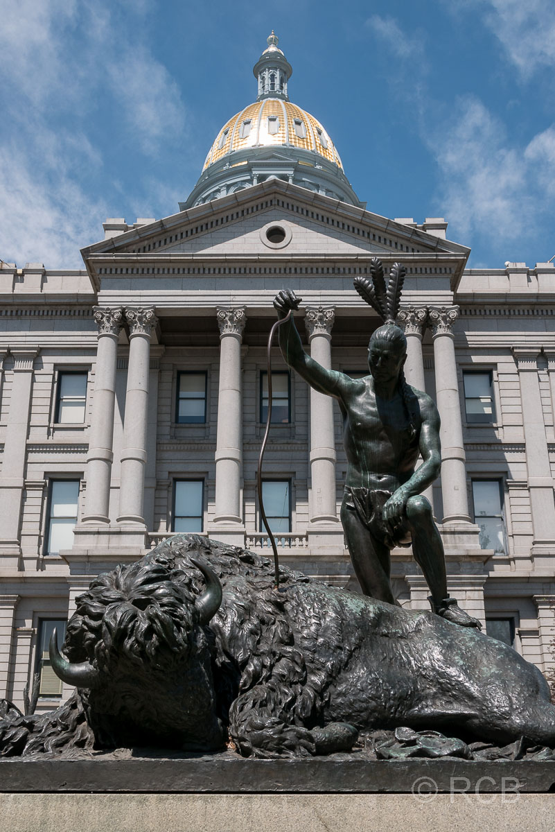 Statue am Capitol in Denver