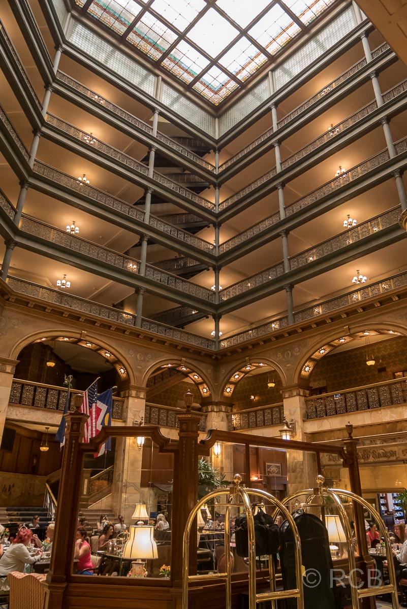 Brown's Hotel, Denver, Lobby