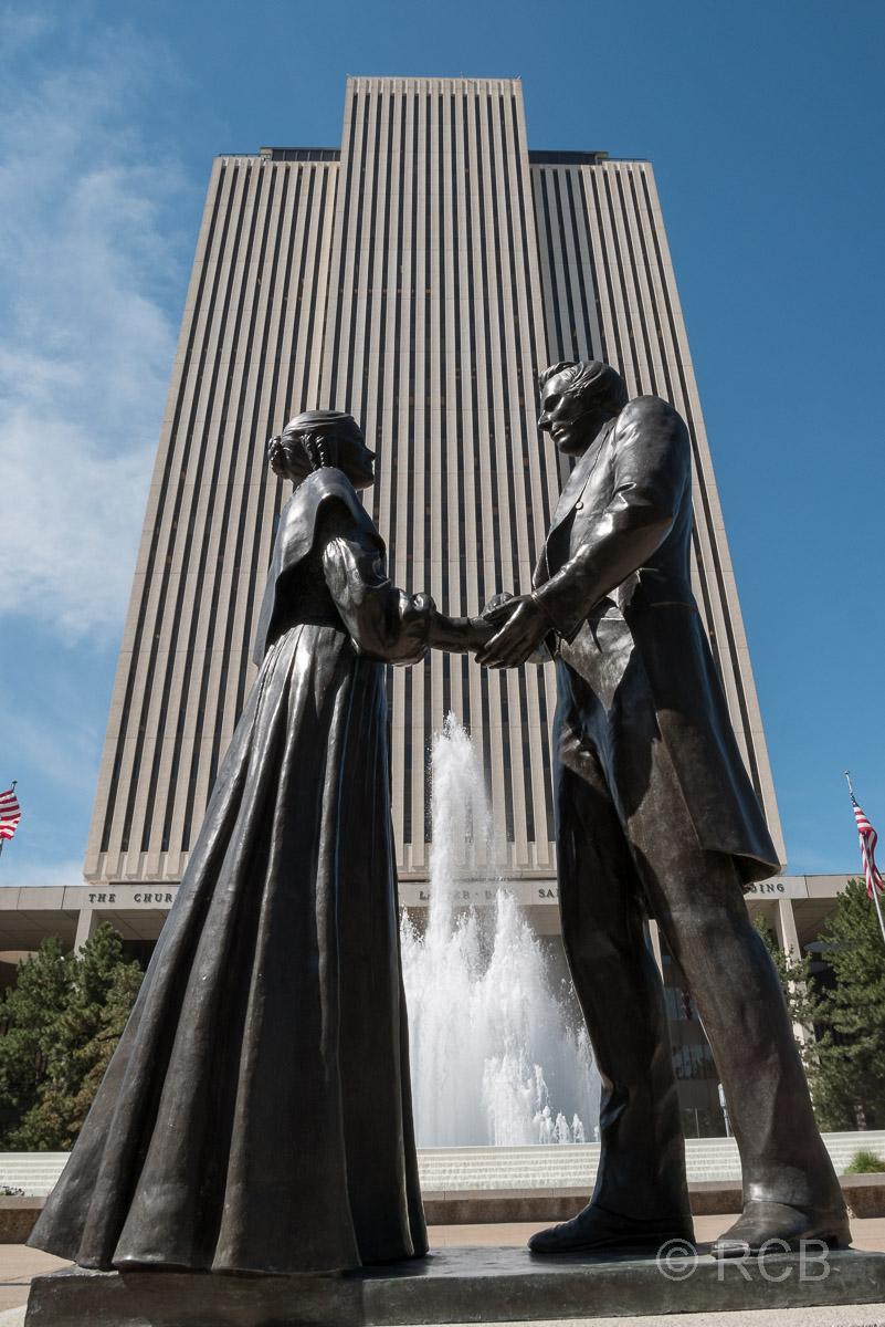 Statue vor dem LDS-Building