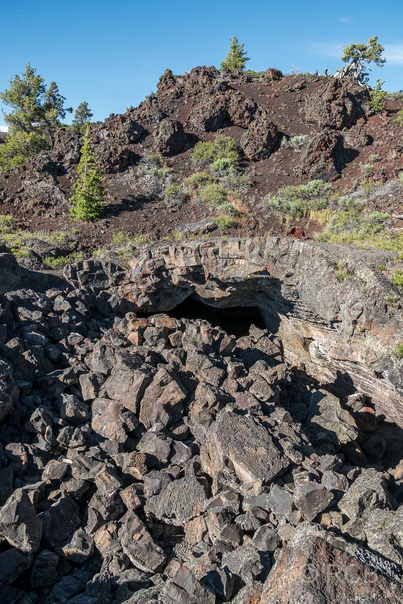 Höhleneingang zur Buffalo Cave, Craters of the Moon NM