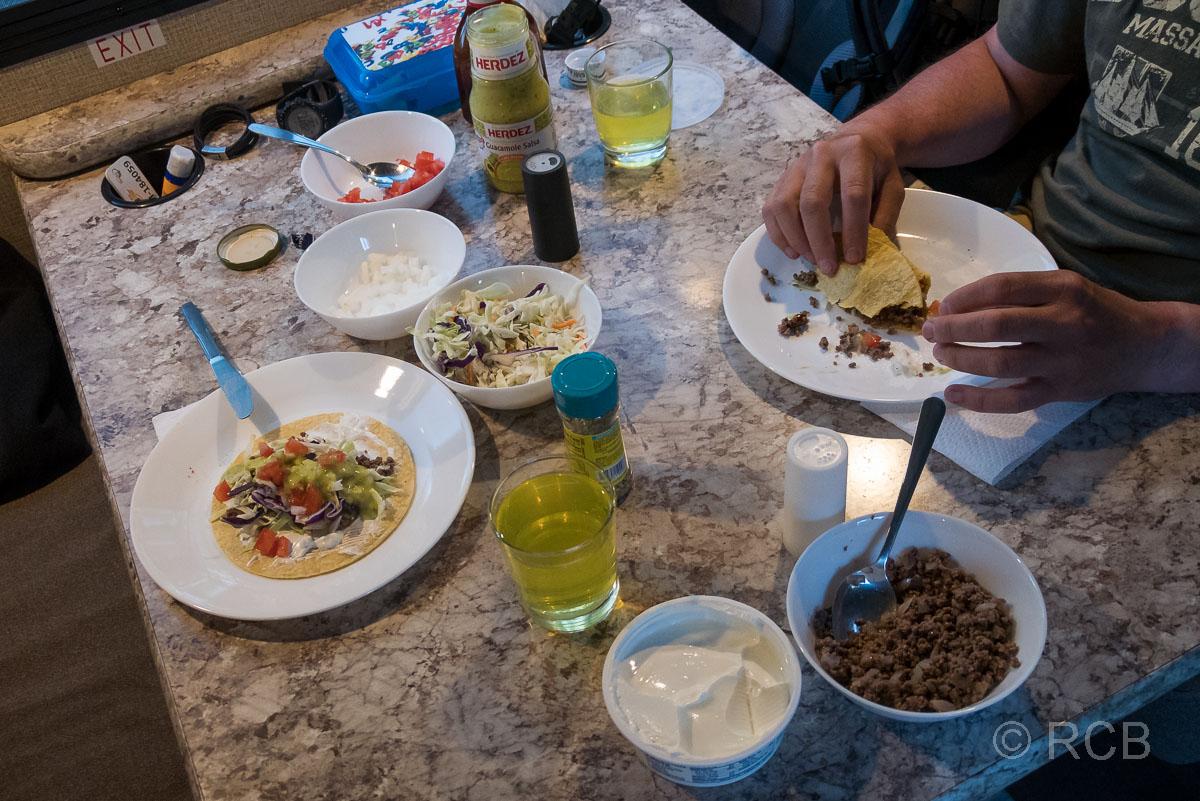 Abendessen im Wohnmobil auf dem Colter Bay Campground, Grand Teton NP