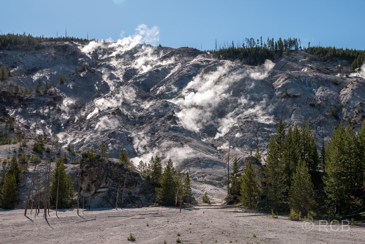 Roaring Mountain, Yellowstone NP