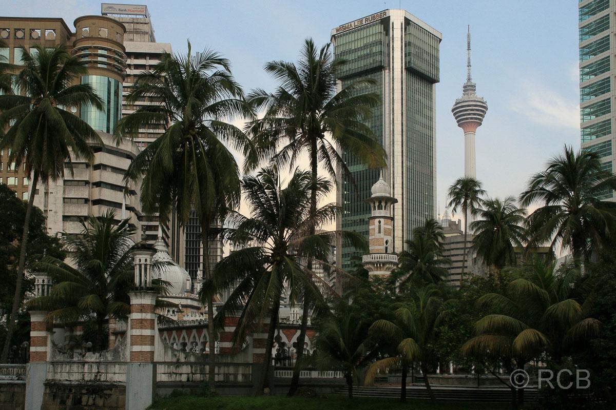 Jamek-Moschee und Menara KL