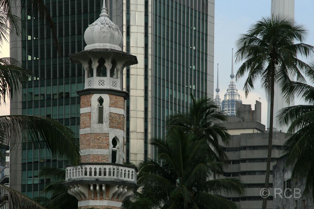 Jamek-Moschee und Petronas Twin Towers