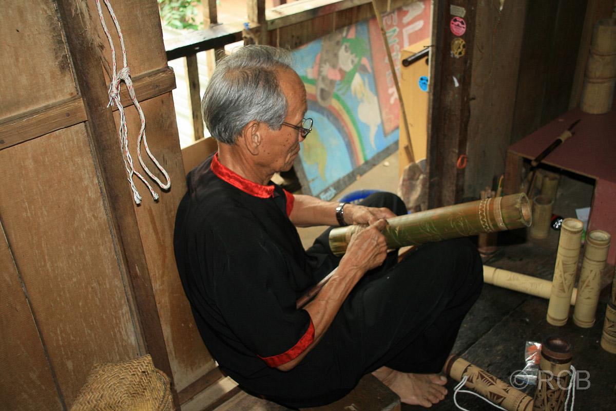 Bambusschnitzer, Sarawak Cultural Village