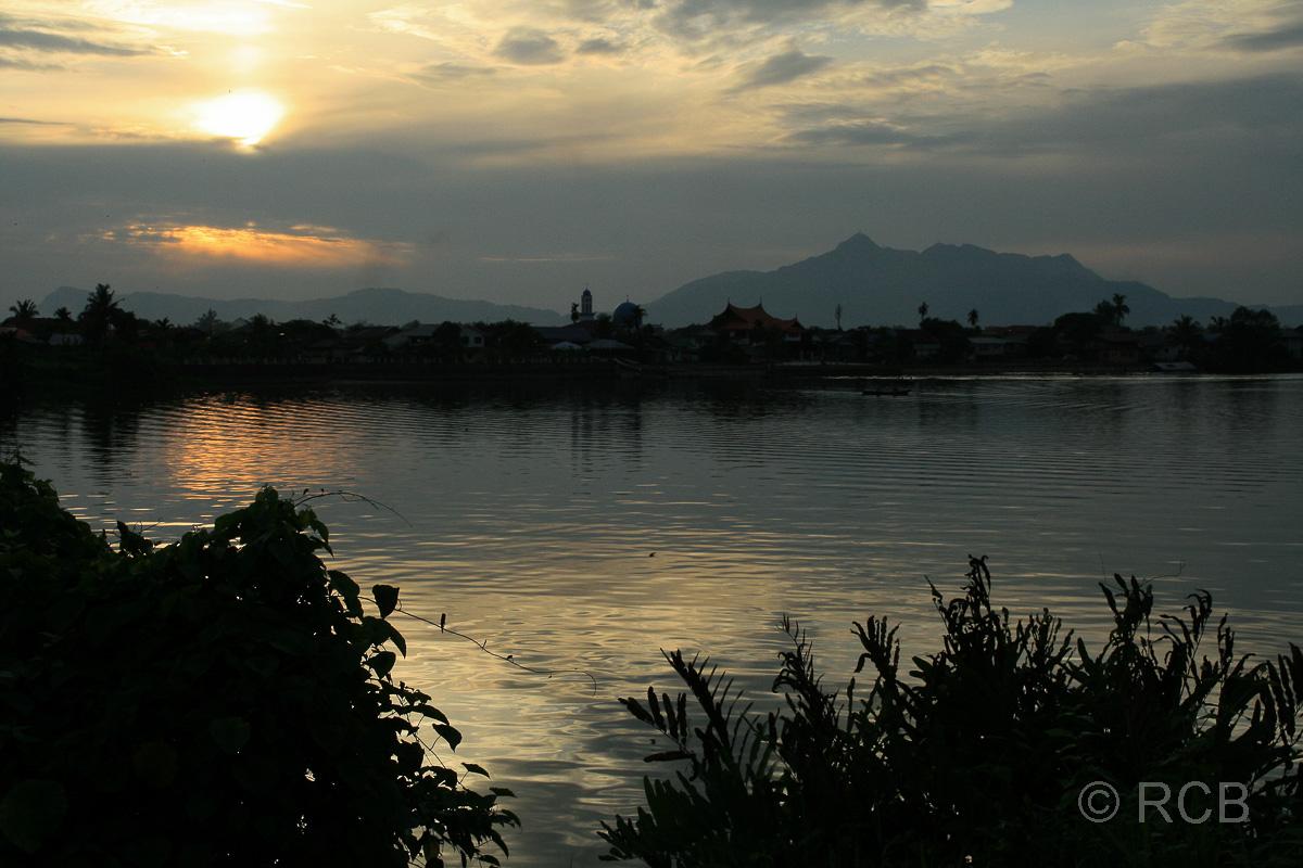 Sonnenuntergang an der Waterfront von Kuching