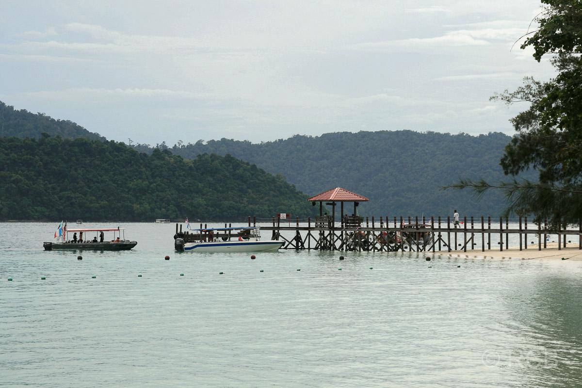 Bootsanleger auf Pulau Sapi