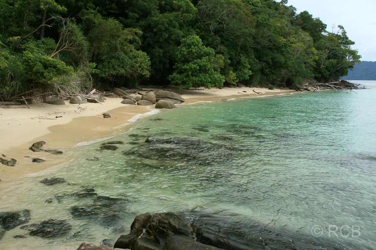Strand auf Pulau Sapi