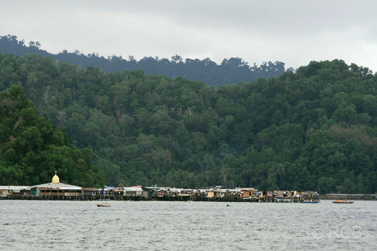 Pulau Gaya mit muslimischem Stelzendorf