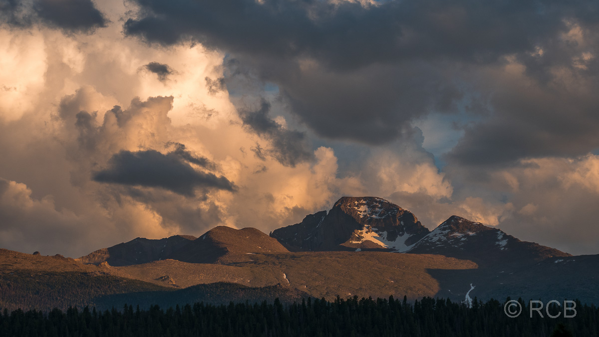 abendlicher Ausblick von unserer Sitzgruppe am Moraine Park Campground, Rocky Mountains NP