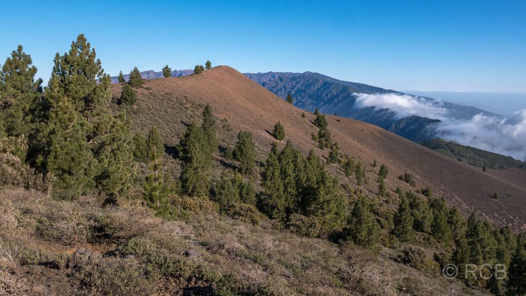 Rückblick zum Gipfel des Pico Birigoyo