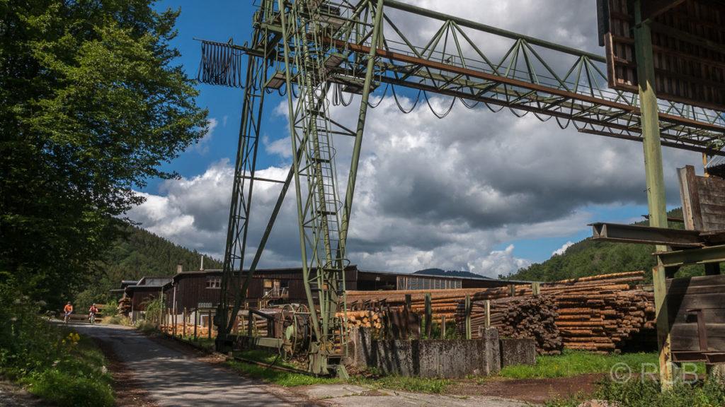 Holzfabrik im Lennetal