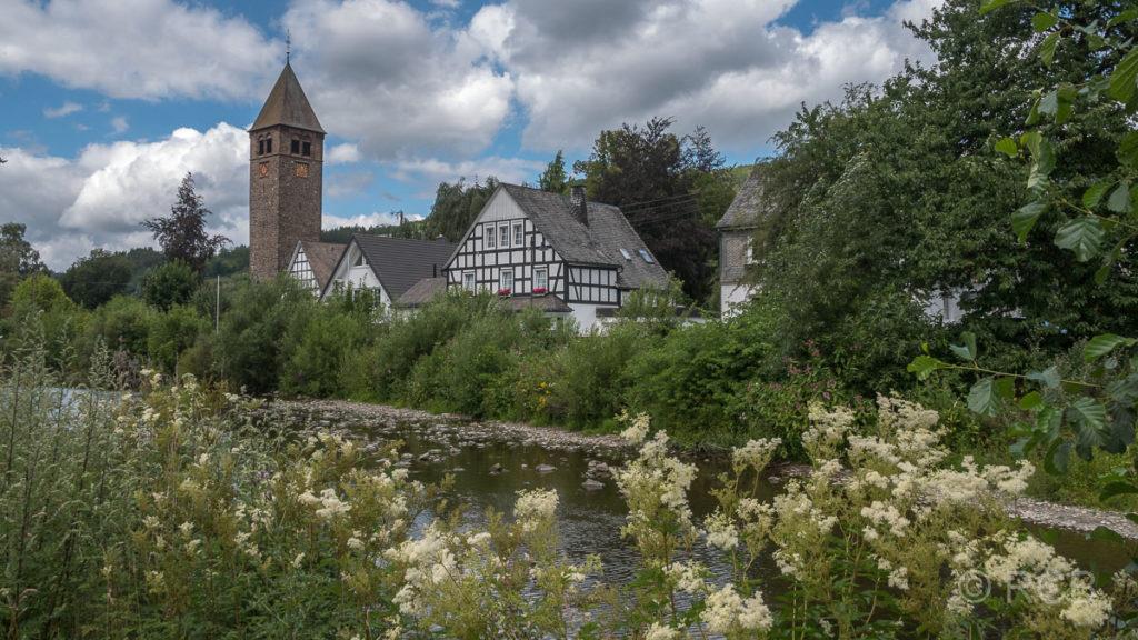 Saalhausen an der Lenne