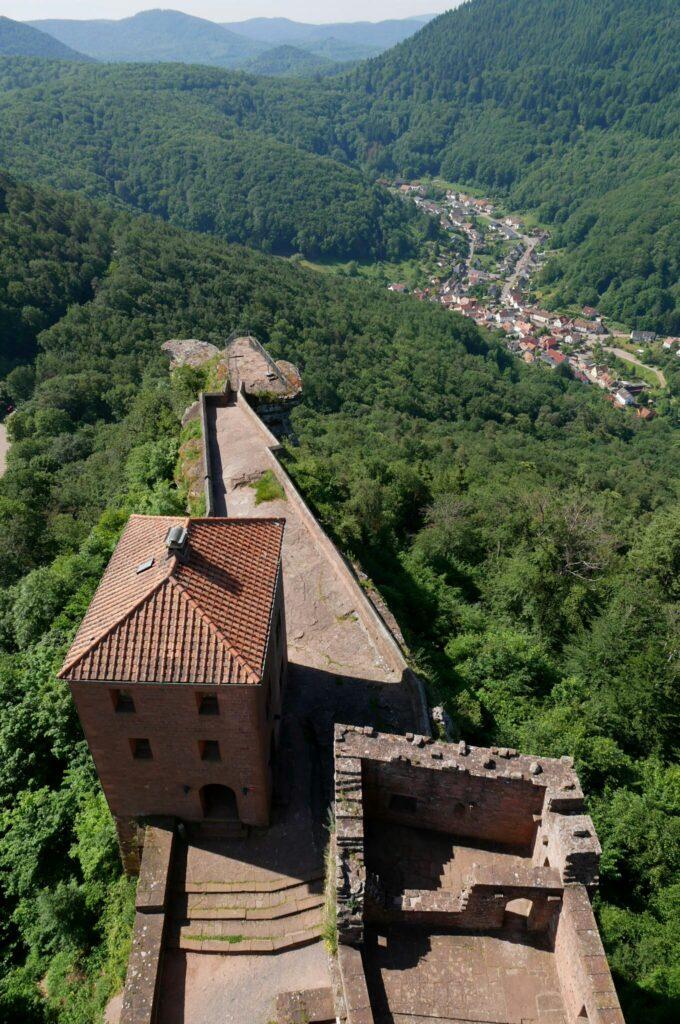 Ausblick vom Turm der Burg Trifels