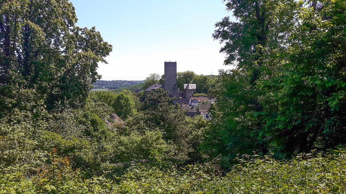 Burg Blankenstein, vom Gethmannschen Garten aus gesehen