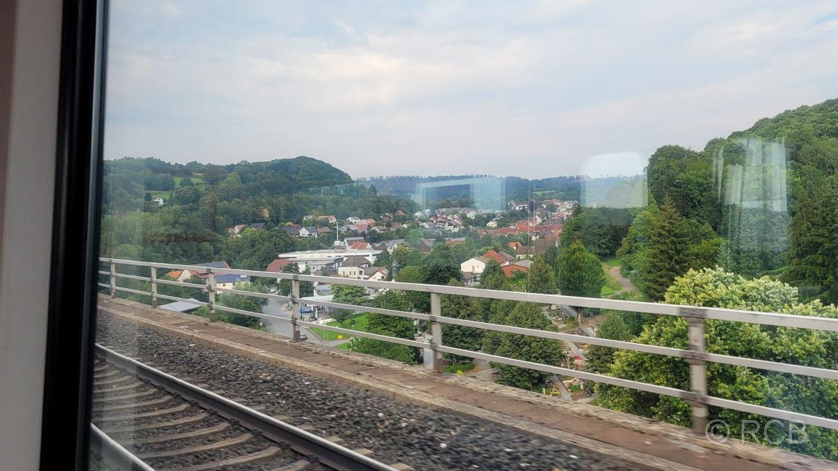 Blick vom Viadukt hinab auf Altenbeken